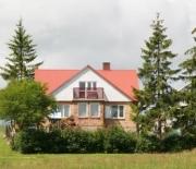 Widok domu od strony jeziora Wiżajny